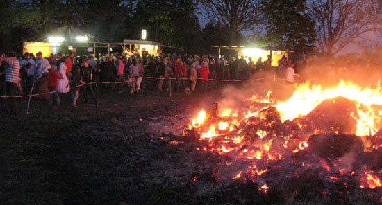 2011 Osterfeuer